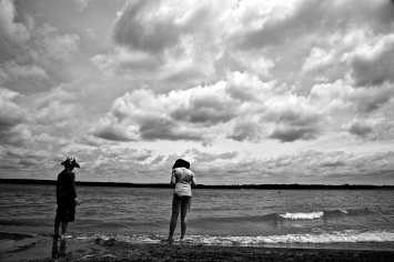 Looking for Artifacts at Alum Creek Beach