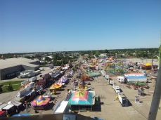 rides seen from the giant ferris wheel